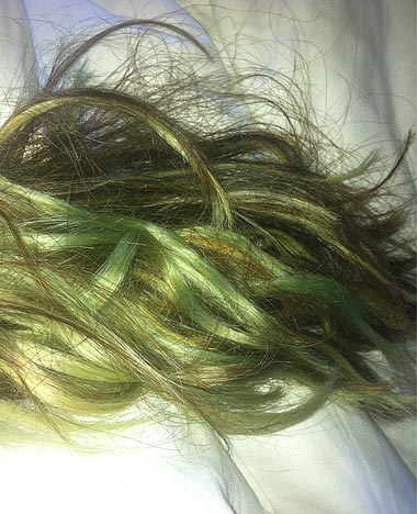 Green-Hair-From-Chlorine